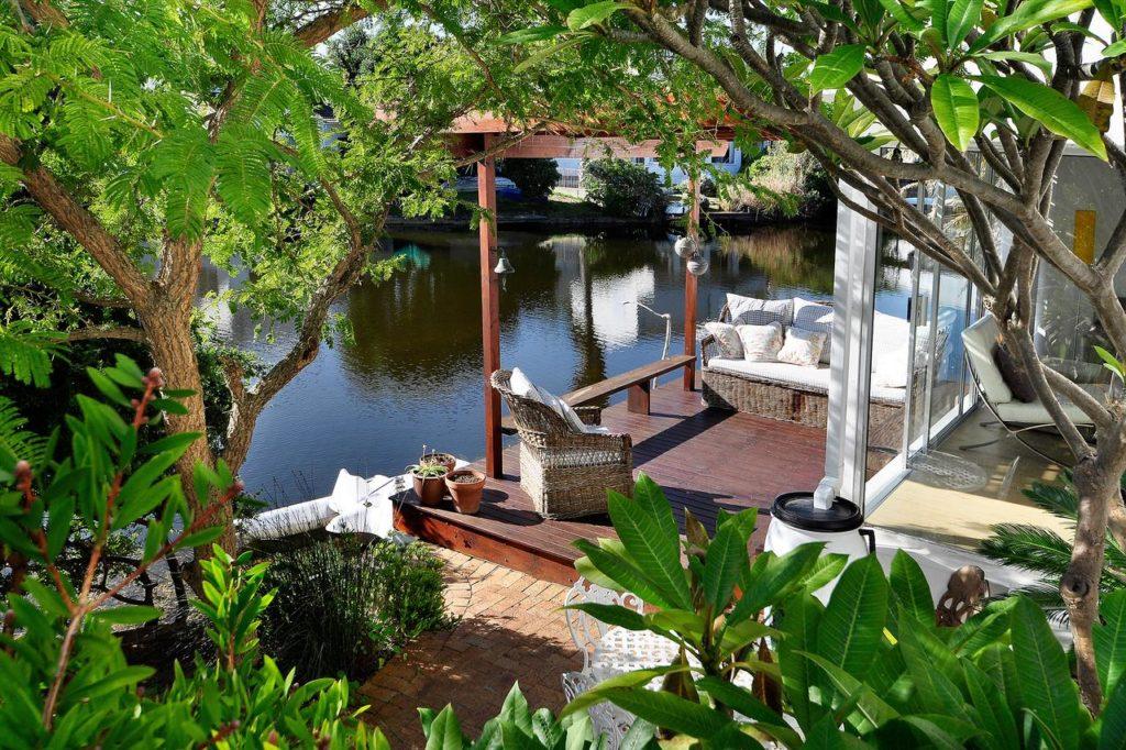 Admiralty B&B : le meilleur B&B avec piscine pour se loger à Muizenberg en Afrique du Sud